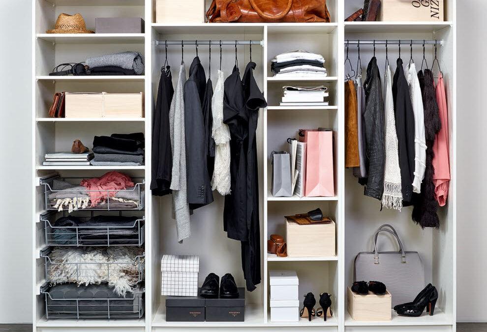 Bristen på garderober stör oss på mest i våra hem